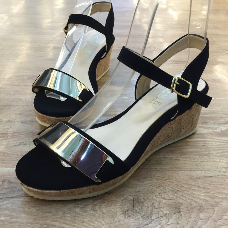 拍攝 涼鞋鐵片  爆款 金環軟墊厚底涼鞋大推❗這雙一定要買 輕量 厚底涼鞋鬆糕鞋 百搭厚底