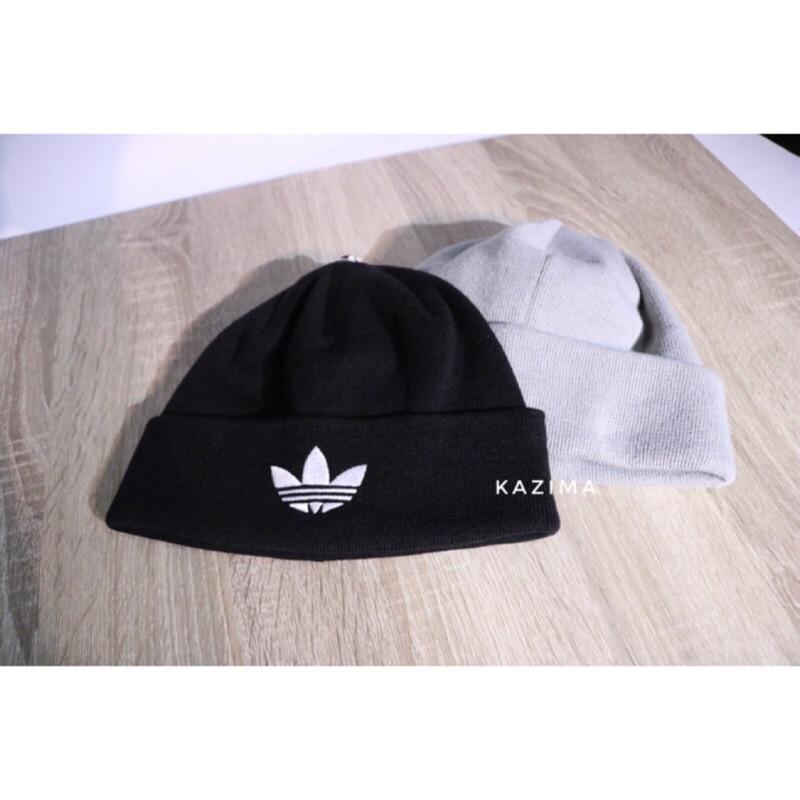 正品 貨Adidas Originals Logo 三葉針織毛帽黑、灰、藍 無販售