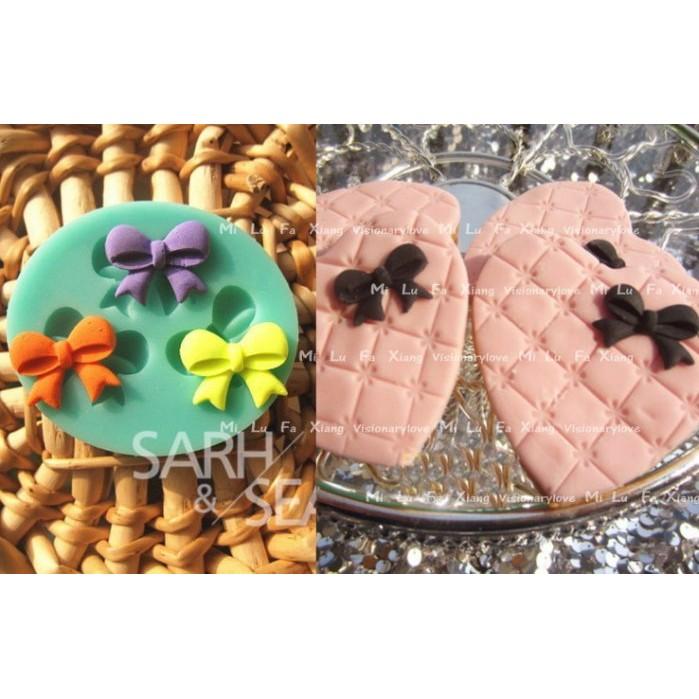 麋路花巷~三顆蝴蝶結翻糖蛋糕模具巧克力模黏土模果凍模麵包花模母乳皂模