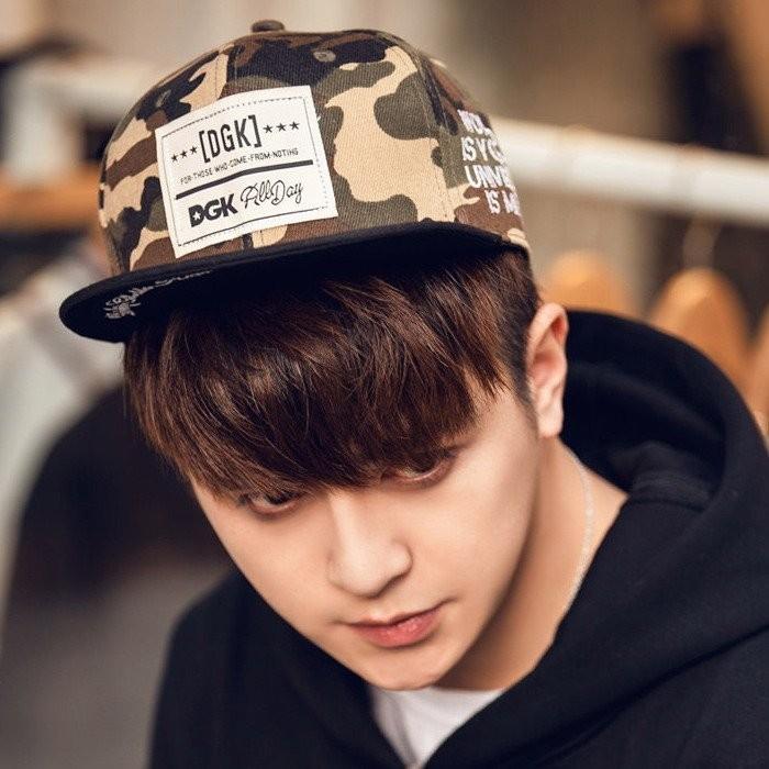 韓國 款式文字貼布復古風格迷彩街舞街頭滑板嘻哈棒球帽平沿帽子K436