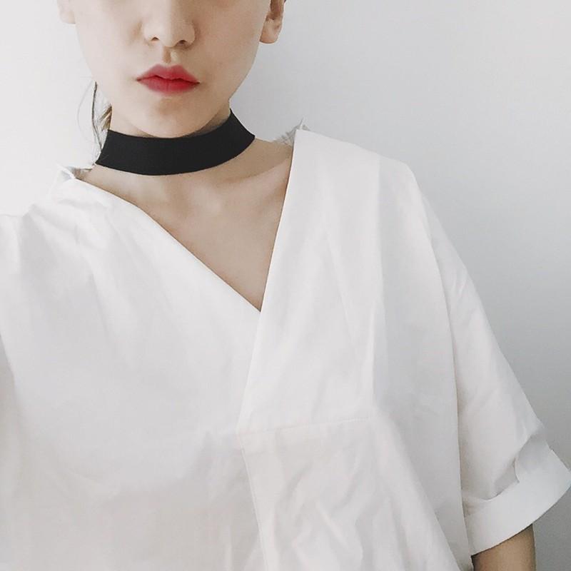 丶復古潮流復古港味chic 風簡約原創 女襯衣寬鬆大碼蝙蝠袖V 領襯衫送項圈