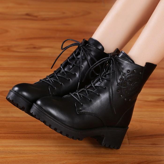 ff 坊秋 馬丁靴女鞋子英倫風短靴粗跟雪地棉靴棉鞋學生潮女靴子