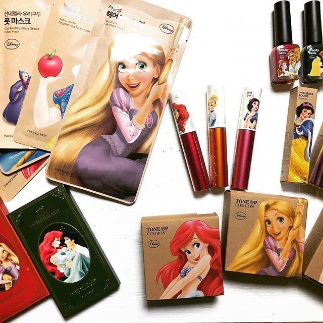 在台韓國 THE FACE SHOP 迪士尼公主系列聯名款唇蜜唇膏眼影盤修飾氣墊粉餅面膜髮