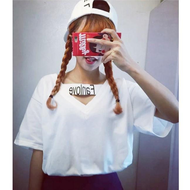 日系原宿風ziPPer 港味純色V 領镂空印花打底短袖t 恤女