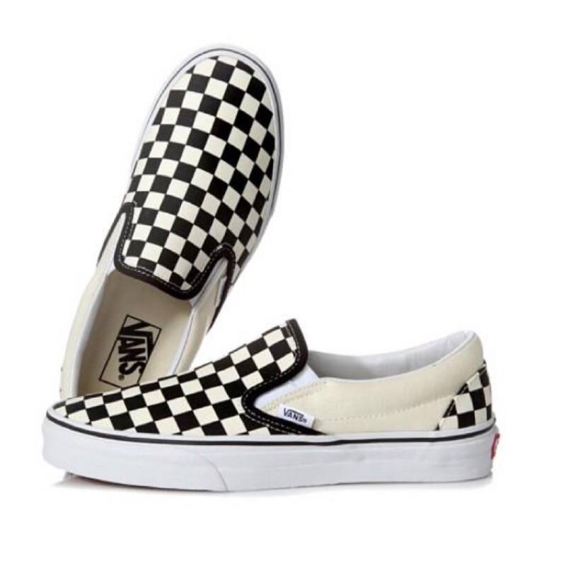 海外直送VANS 黑白格潮鞋懶人鞋棋盤鞋CLASSIC SLIP ON 明星穿搭 街拍潮鞋