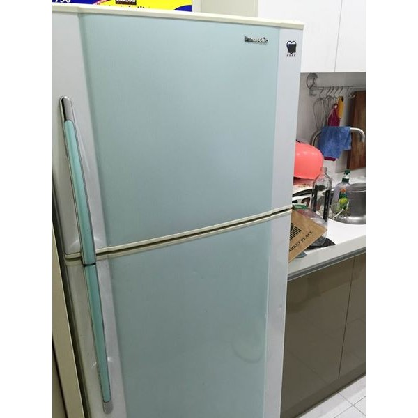 ~Panasonic ~國際牌雙門電冰箱小家庭 360 公升八成新以上 款日立正常