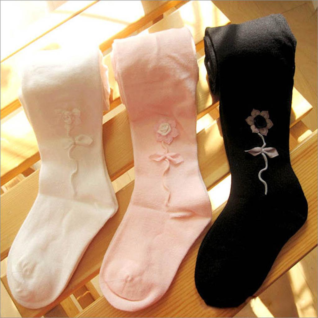 優雅細緻立體小花女童褲襪 250 , 五折125 元