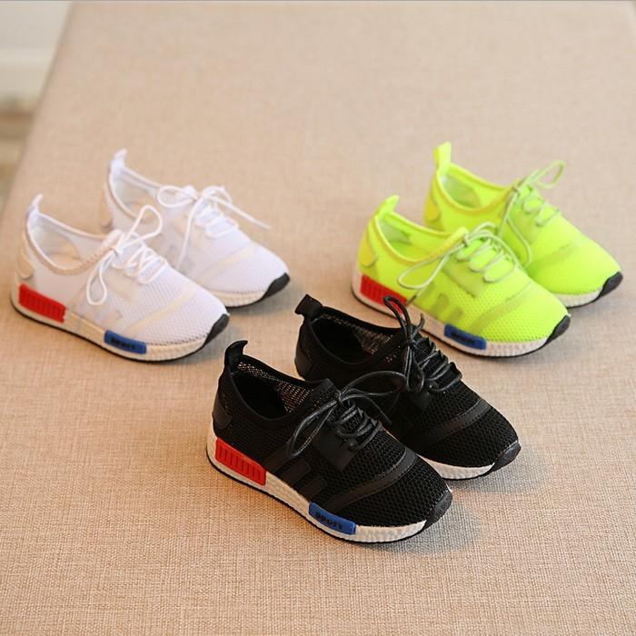 ~樂購屋~~媽媽們的 選擇~、、 鏤空 鞋男童鞋女童涼鞋跑步鞋子母嬰 男 女嬰兒用品奶嘴奶