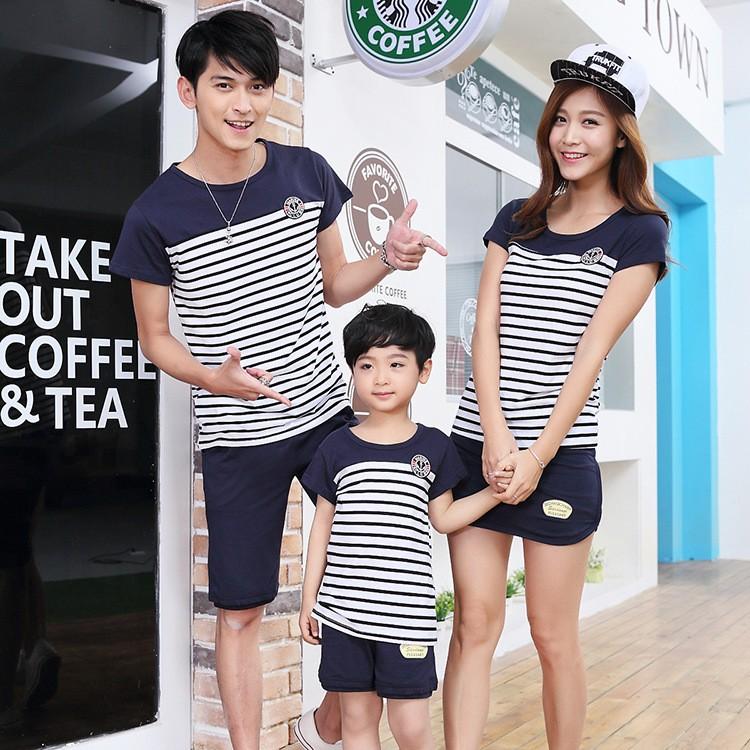 藍肩勳章條紋純棉短袖T恤套裝親子裝 家庭裝全家福裝母子裝父子裝情侶裝班服團體服(米奇妮親子