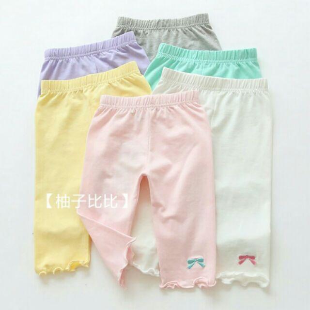 ~柚子比比~可愛刺繡蝴蝶結內搭褲糖果色七分內搭褲荷葉邊褲管好穿彈性褲頭舒適