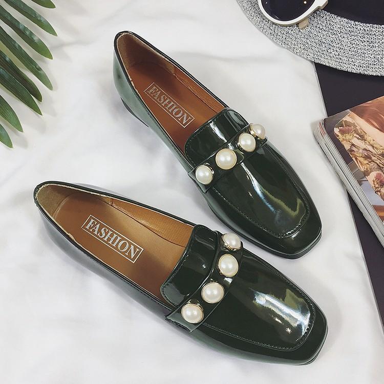 小皮鞋女2017 珍珠跟單鞋方頭粗跟中跟女鞋漆皮英倫復古懶人鞋