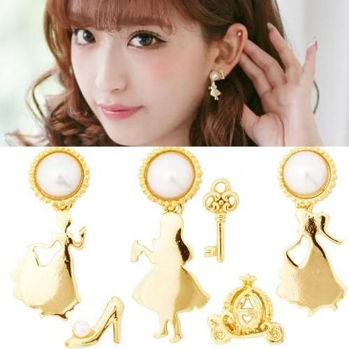 日系童話故事灰姑娘耳環3 款珍珠仙履奇緣愛麗絲愛麗絲夢遊仙境鑰匙玻璃鞋水晶鞋南瓜車南瓜馬車