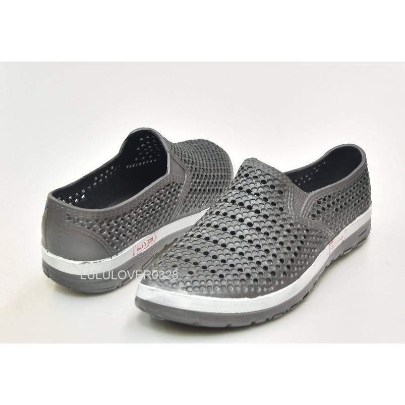 款 299 不怕水雨天全包式 休閒洞洞鞋透氣舒適不怕水速乾一體成形 款灰色