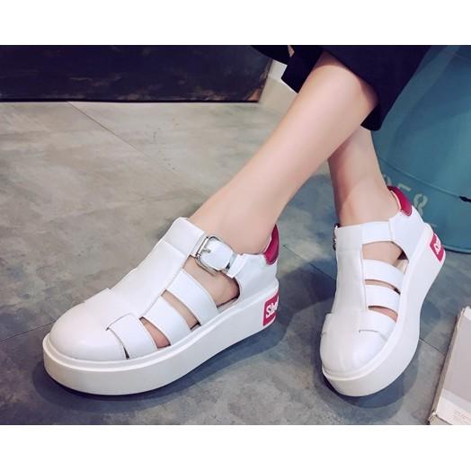 休閒鞋松糕鞋子鏤空小白鞋女包頭涼鞋學生女鞋潮涼鞋