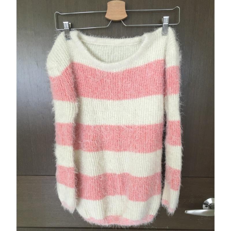 粉白色條紋毛衣