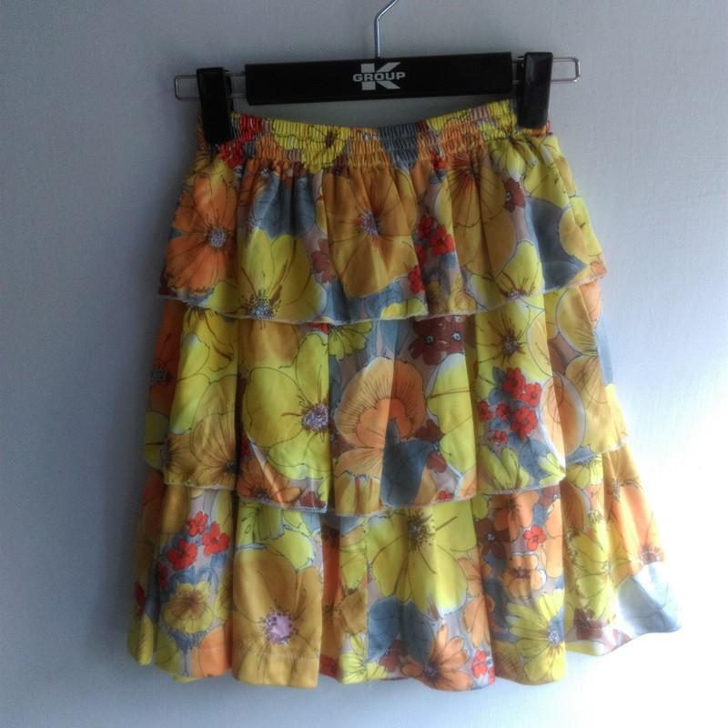 古著 製腰鬆緊花卉蛋糕裙膝上裙