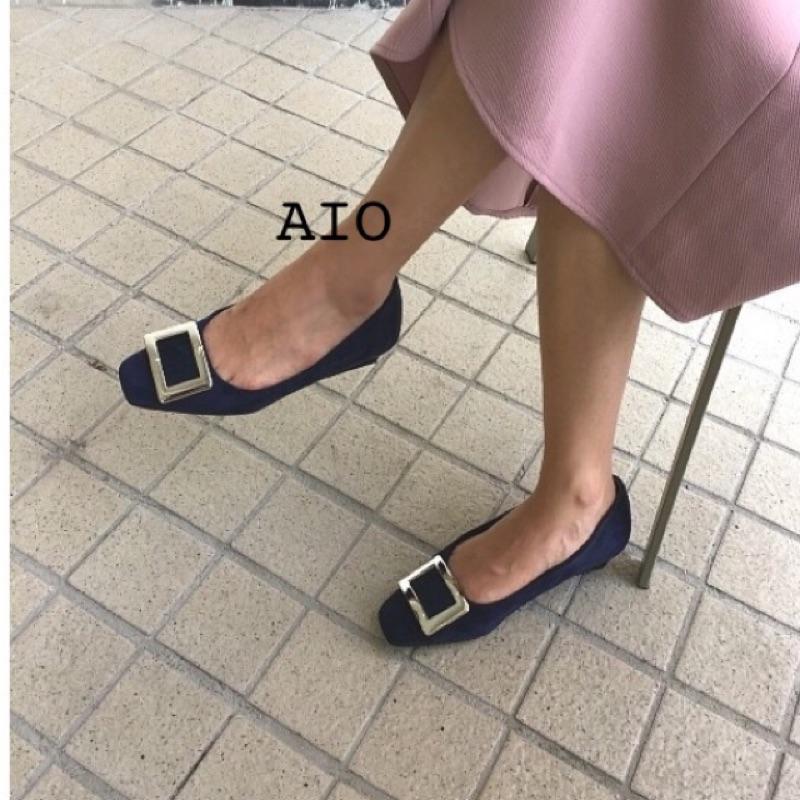 韓國正韓韓國空運高雅名品風高 麂皮方扣低跟鞋