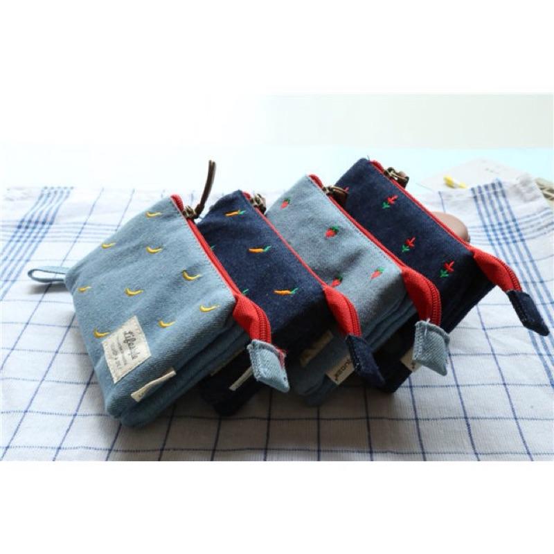 2 款刺繡花朵牛仔布料皮夾錢包短夾 拉鍊鑰匙包印花小清新手拿包ZAKKA 小包包化妝包零錢