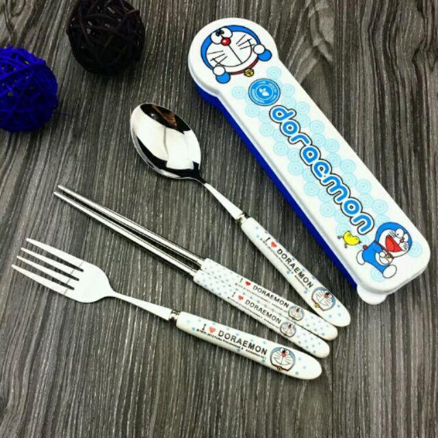 哆啦A 夢不鏽鋼筷子加湯匙餐具組陶瓷柄 ~餐具盒,筷子,湯匙~不含叉子