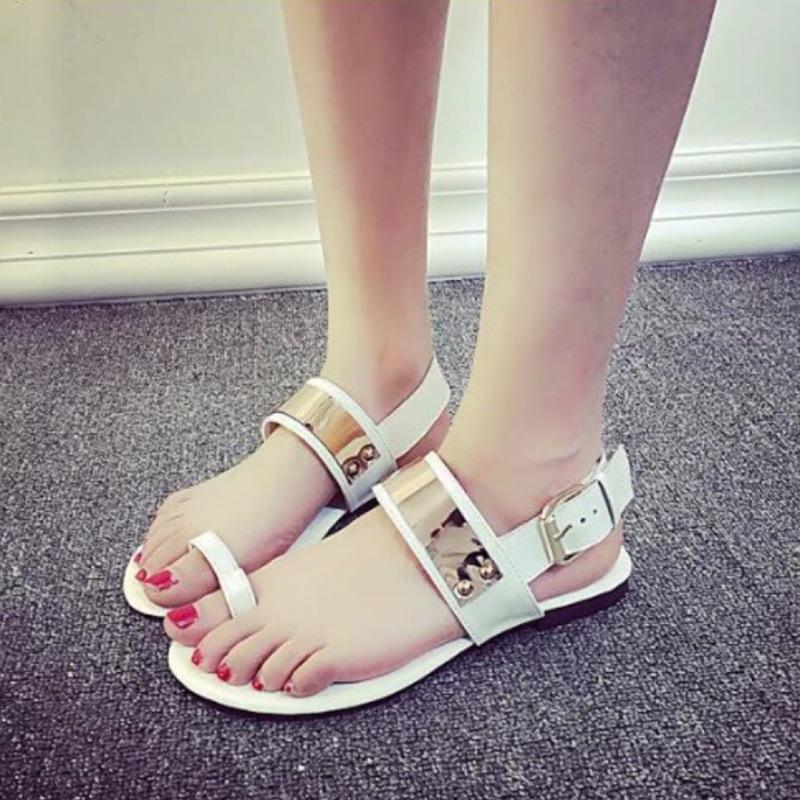 Amily House ~ ~ 金屬配色拇指環平底涼鞋拖鞋休閒鞋露趾鞋