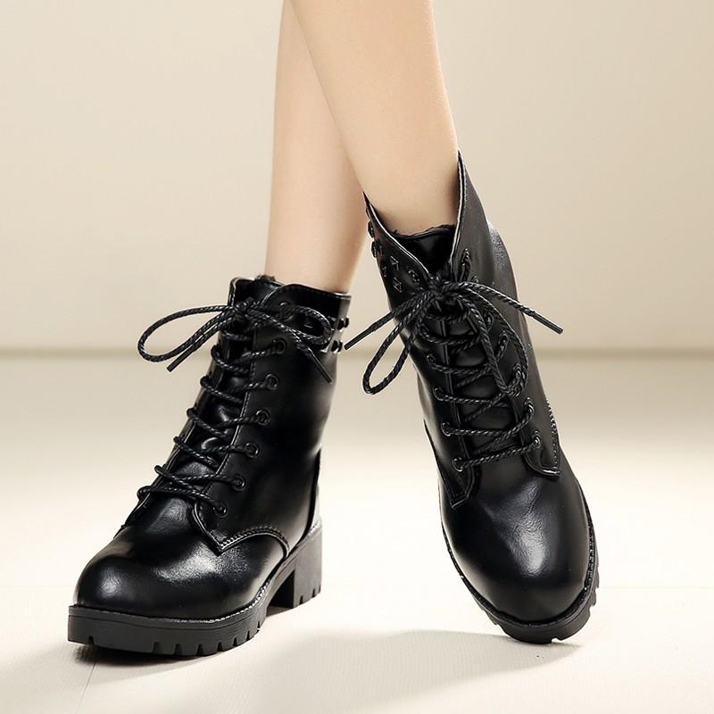 實拍只有今天❗️馬丁靴短靴英倫風學生粗跟短筒靴圓頭繫帶中筒靴