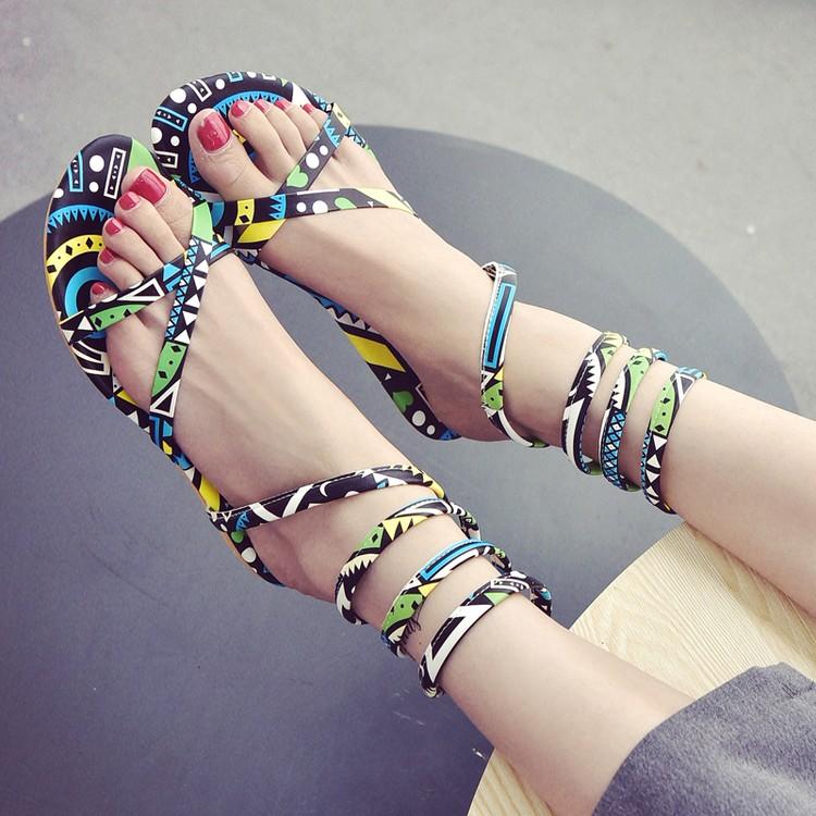 新品纏繞蛇形鞋平底涼鞋女夏性感花色平底 露趾羅馬繞腳涼靴子
