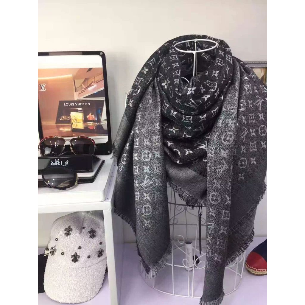LV Monogram Denim 花紋羊毛絲綢披肩圍巾