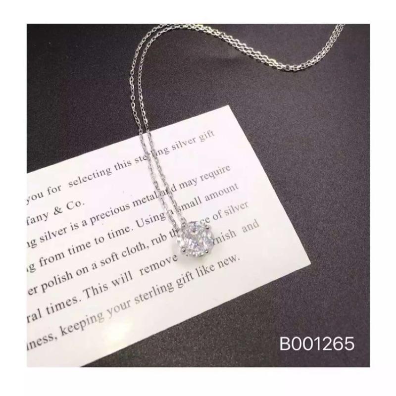 蜜絲黑香港 純銀新品牌超美四爪單鑽項鍊簡約 大氣超百搭