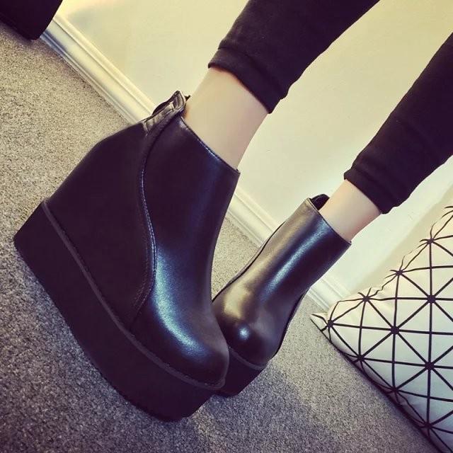 高跟鞋內增高坡跟短靴單靴女厚底圓頭馬丁靴英倫防水臺