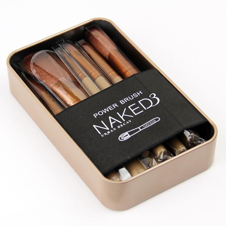NAKED3 代12 支化妝刷粉底刷腮紅刷眼影刷初學者化妝刷套裝便攜式彩妝工具(帶金屬盒)