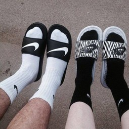 NIKE SOCK 長棉襪黑白灰三色高筒襪三雙同捆小勾打球健身穿搭余文樂