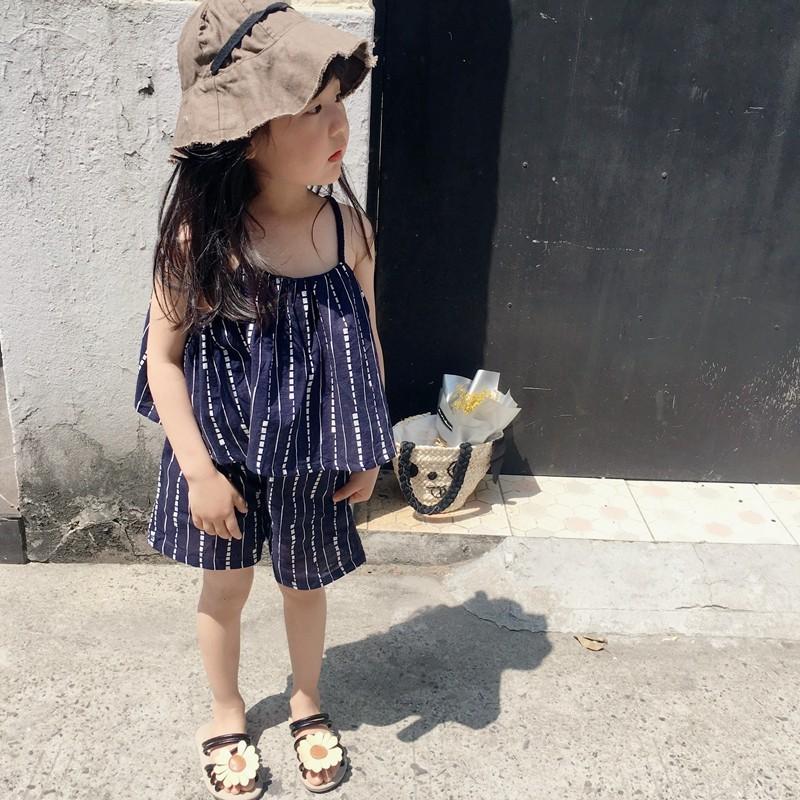 ~ ~2017 夏裝  女童清新條紋吊帶短褲兩件套裝兒童套裝
