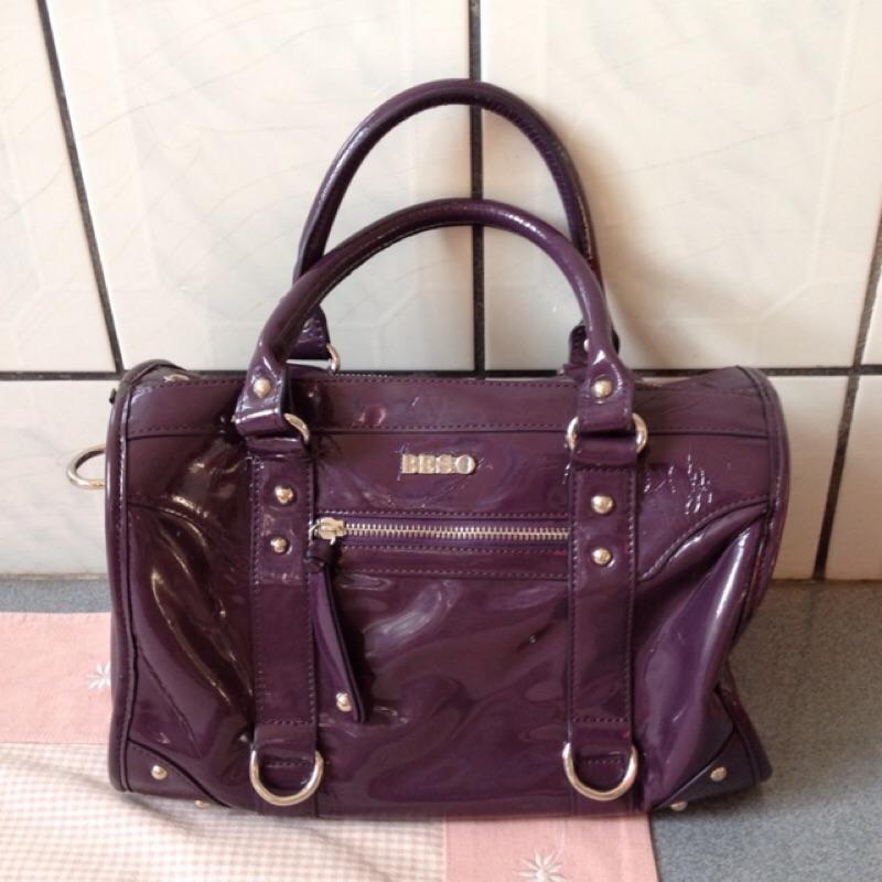 ~降~阿瘦姐妹牌BESO 葡萄紫漆皮手提包肩背包側背包斜背包波士頓包包包