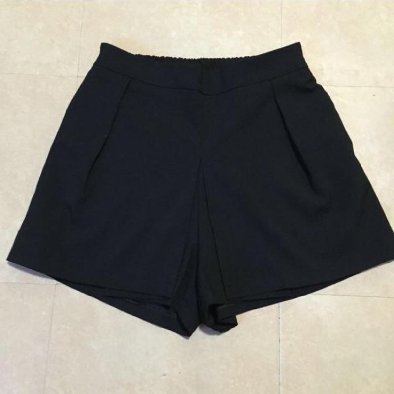 正韓黑色伸縮腰頭假褲裙