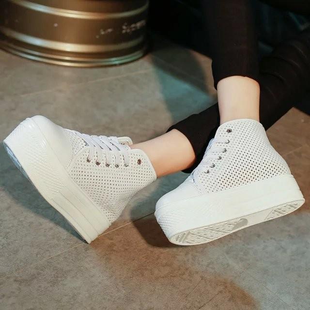 太陽的后裔宋慧喬同款明星黑點鏤空真皮白色板鞋松糕鞋高幫