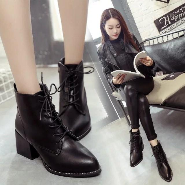 Baby ~Shop 潮流服飾2016 秋 短靴女春秋單靴馬丁靴女高跟鞋粗跟尖頭英倫裸靴子