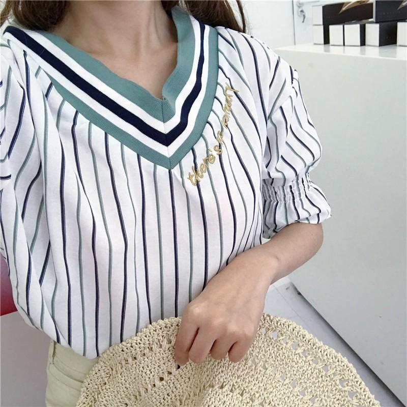 正韓女生上衣 簡約氣質OL 風刺繡V 領五分袖條紋襯衫