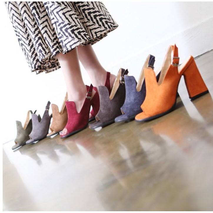 甜膠囊 韓 8G57  復古優雅超修腳背粗跟高跟涼鞋