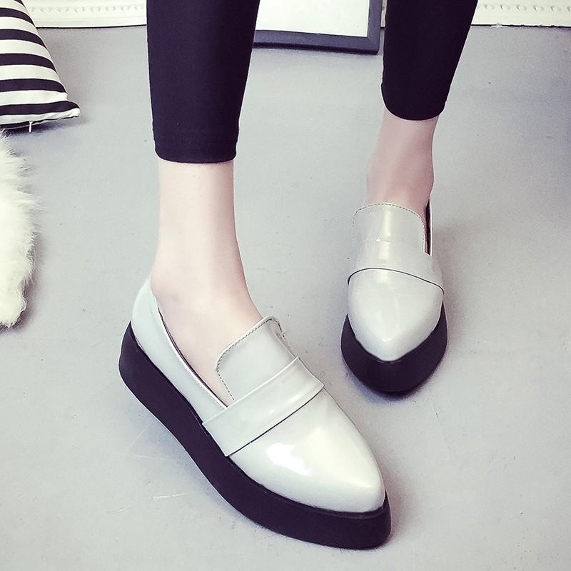 春秋單鞋女平底 鞋小白厚底真皮女鞋板鞋尖頭懶人一腳蹬樂福鞋