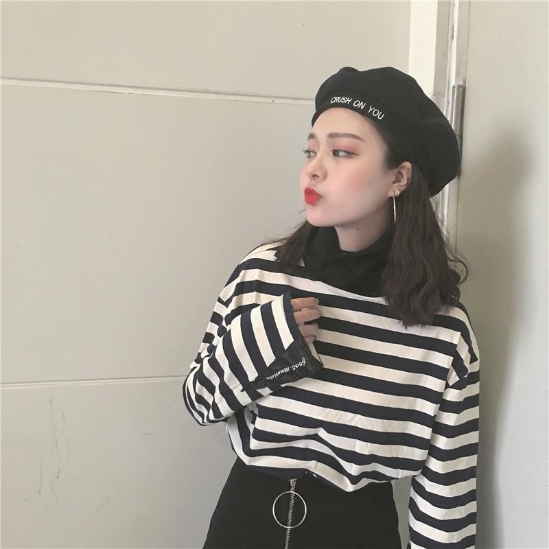 韓國 丶 韓國chic 港風 復古字母繡花拼接袖口條紋撞色寬松高領長袖T 恤