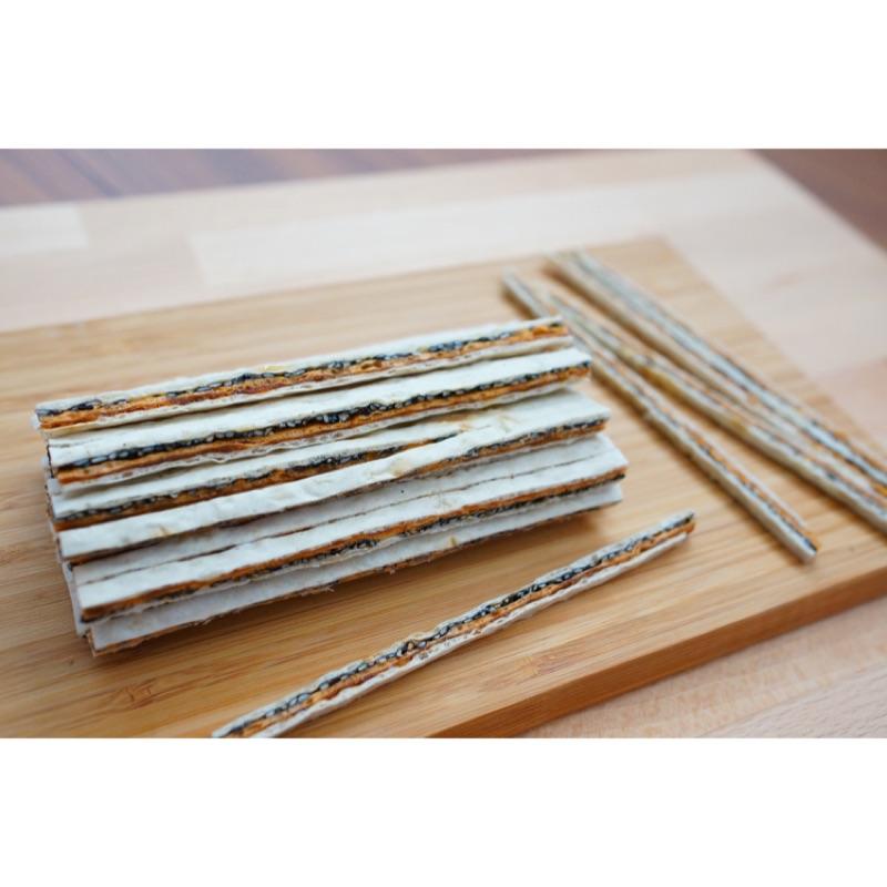 雙層鮭魚夾心絲(300g )珍饈有饌,魚有極品,朋友相聚伴茶酒