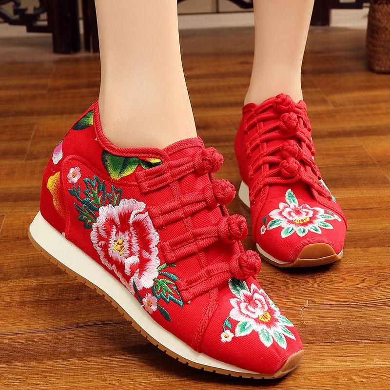老北京女布鞋月季刺繡豆豆鞋內增高女鞋5cm 民族風繡花鞋坡跟厚底休閒單鞋高跟女鞋
