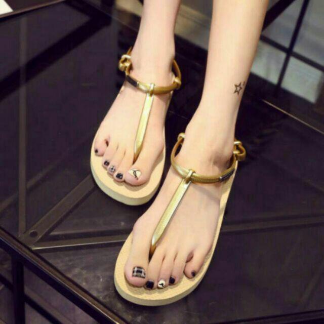 浪漫七夕韓系簡約風金屬牌沙灘 顯瘦夾腳人字羅馬涼鞋非哈瓦士