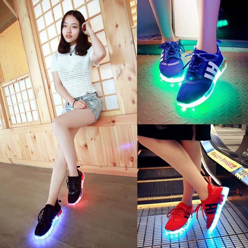春 七彩發光鞋男女夜光鞋女款情侶熒光鞋LED 鞋潮流USB 充電燈光鞋都市麗影潮鞋