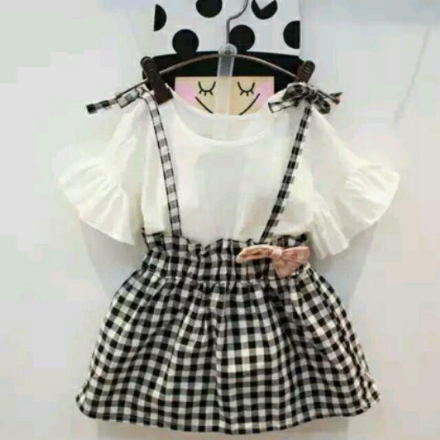 元元寶貝屋~ ~女童 可愛喇叭袖荷葉邊上衣格子裙套裝連身裙背帶短袖一件式洋裝二件式套裝