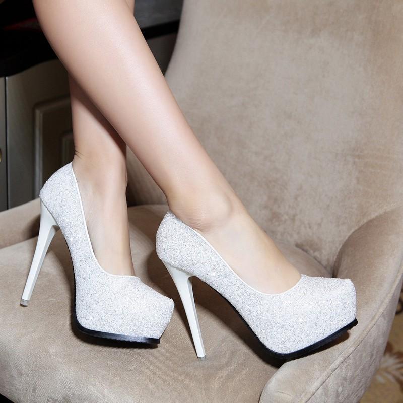 ~ 裝扮~ 細跟高跟鞋韓國公主春秋性感細跟高跟鞋女白色伴娘婚鞋圓頭亮片淺口夜店單鞋