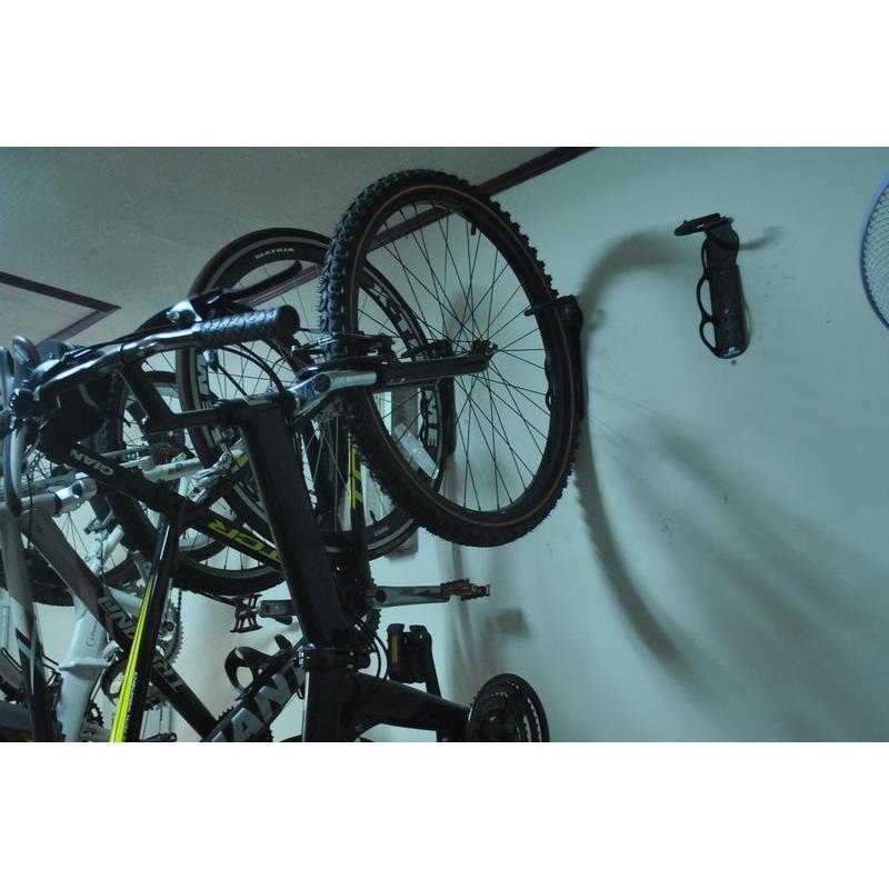 單車 固定式腳踏車吊車架掛前輪後輪收納愛車不佔空間