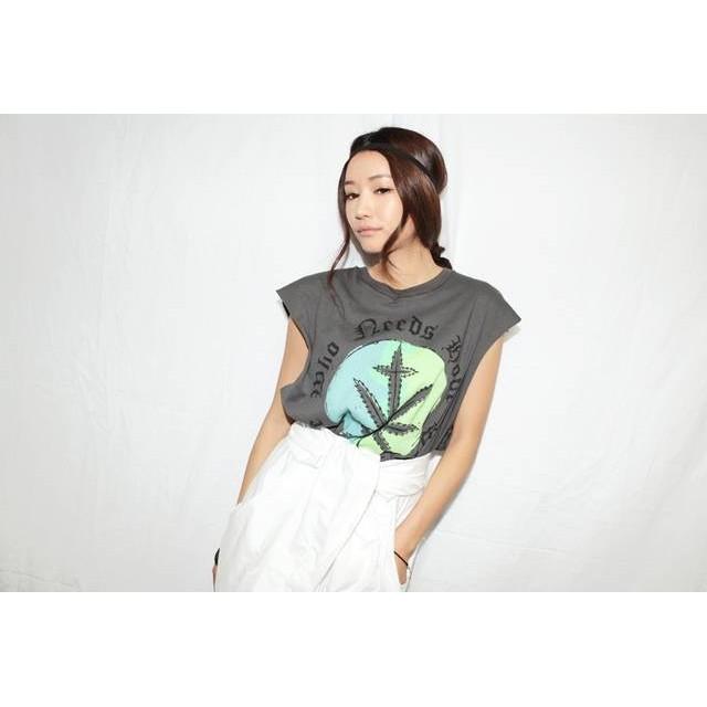 stylenanda 同款樹葉印花 寬鬆舒適背心罩衫比基尼 背心短T TEE 上衣韓國帶回