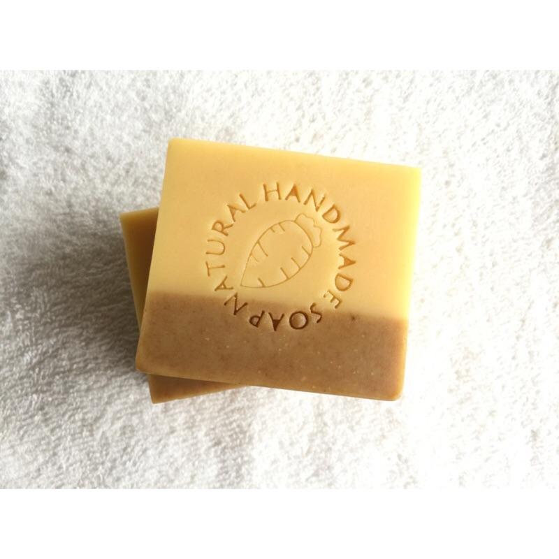 紅蘿蔔槴子修護保濕皂~ 皂冷製皂CP 皂~ :乾性中性敏感性肌膚~