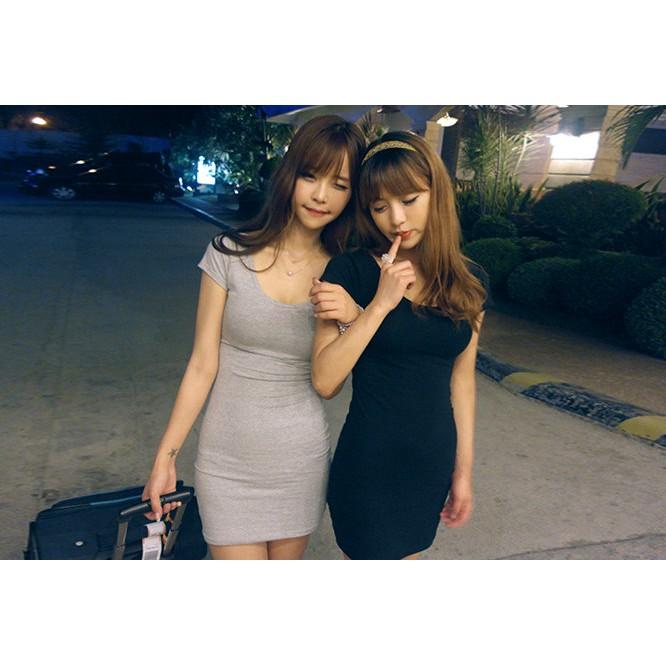 危險曲線棉質素面短袖連身裙性感大圓領小露事業線顯瘦腰身貼身緊身合身短T 素T 連身洋裝2